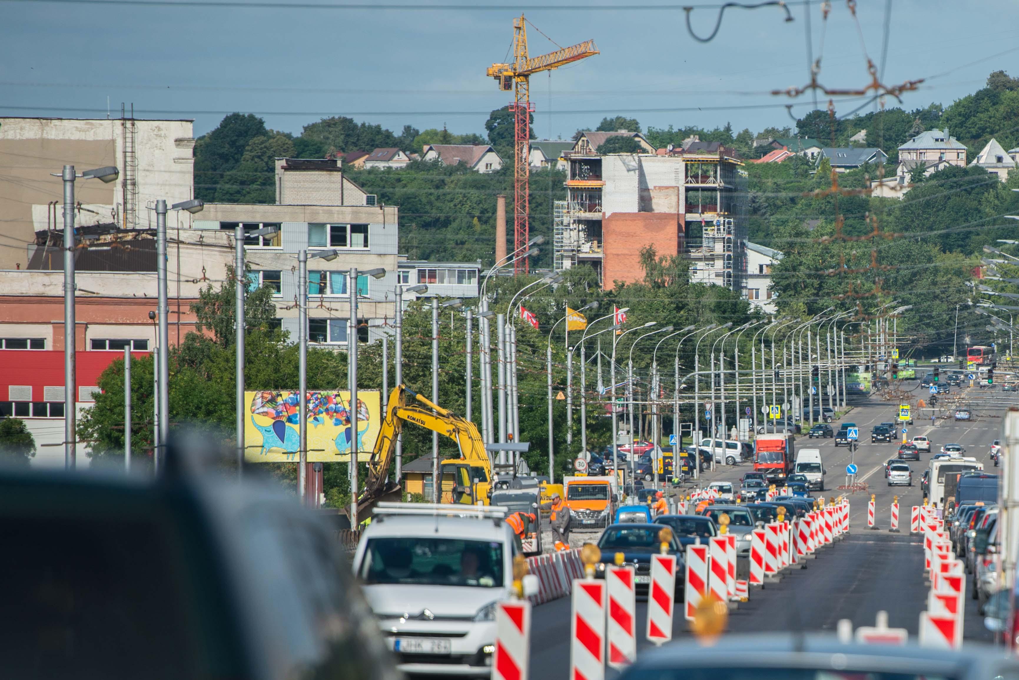 Užbaigtas svarbus Varnių tilto kapitalinio remonto etapas