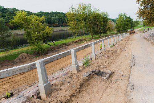 Žvilgsnis į rekonstruojamą Kauno Santakos parką: kokį vaizdą po mėnesio išvys popiežius?