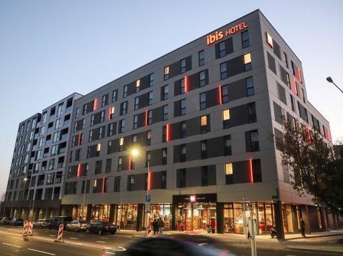 """""""ibis Vilnius Centre""""  – pirmasis Baltijos šalyse BREEAM sertifikuotas viešbutis"""