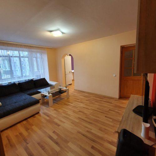 Nuomuojamas jaukus 3 kambarių butas