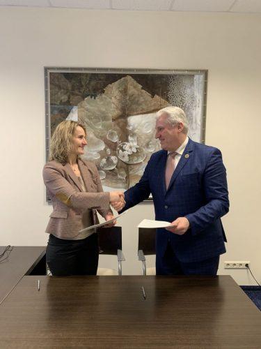 Lietuvos paštas sukirto rankomis su Biržų savivaldybe dėl buvusio centrinio pašto pastato