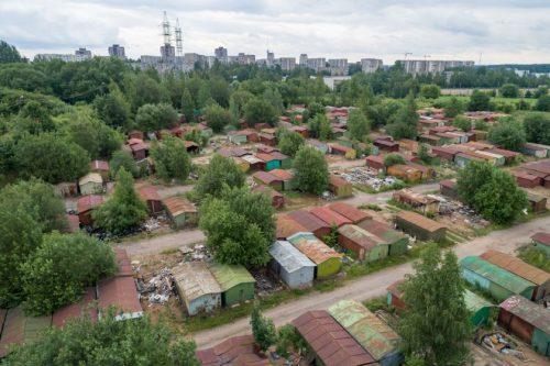 Metalinių garažų savininkams Vilniaus savivaldybė padės sutvarkyti atliekas