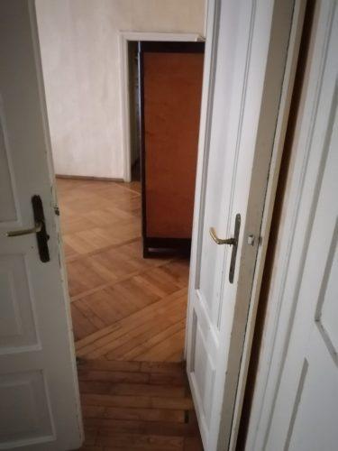 Išnuomojamas 2 kambariu butas Vilniuje Centre.