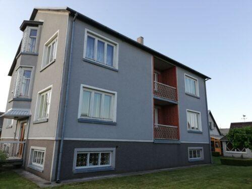 Skubiai parduodamas puikus namas Naujojoje Akmenėje