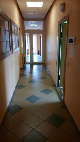 Rokiškio centre nuomoju komercines patalpas 4 kabinetai